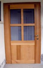 דלת - עץ ארז אדום