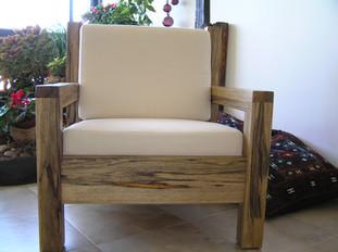 כורסא מעץ לימבה
