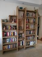 ספריה מעץ לימבה