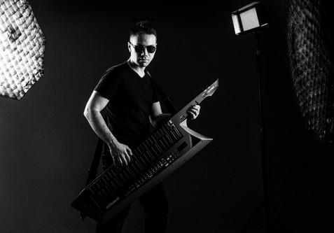 Promo Adrian Benegas 1
