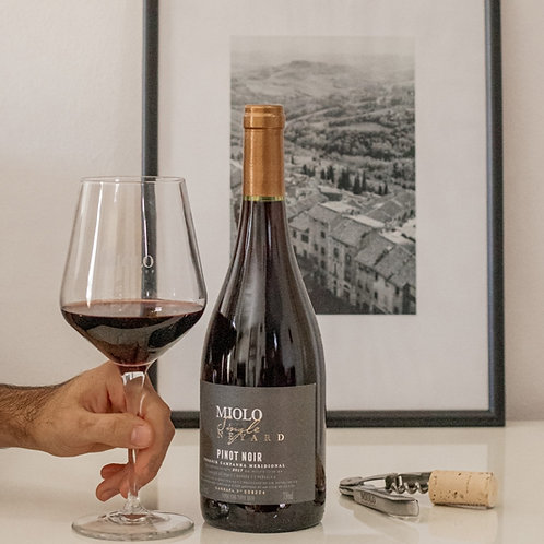 MIOLO SINGLE VINEYARD PINOT NOIR