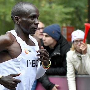 ¡1:59:40 de Eliud Kipchoge en maratón! Una marca sobrehumana... pero no oficial