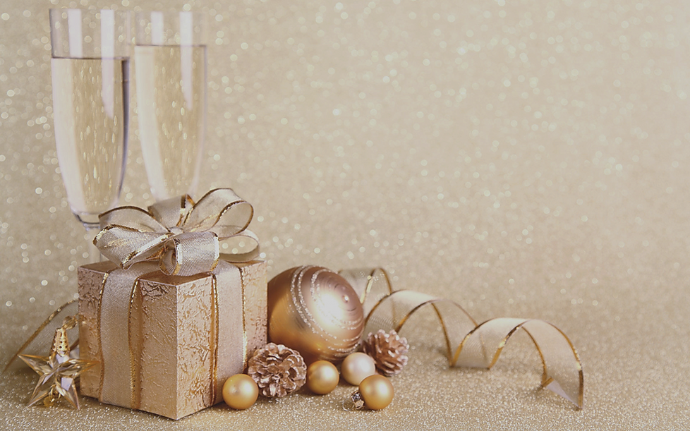 goldChristmas-491_edited.png