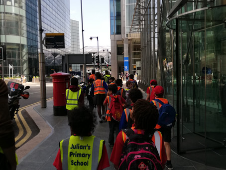 Julian's Primary Students Engage with Virtual Reality at KPMG for World of Work Day