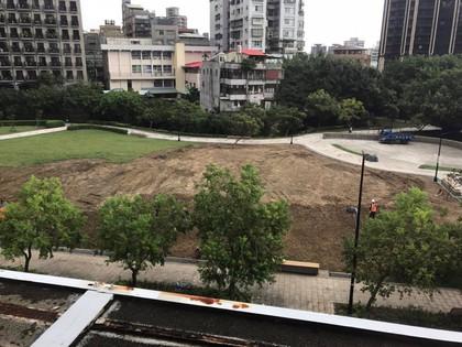 半年內重鋪三次-命運多舛的七星公園大草皮