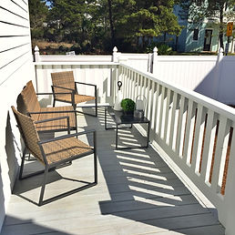 Dutch Treat 30A deck and fenced back yard
