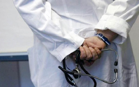 ¿Violencia sexual en la relación médico - paciente?