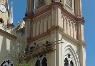 Templo de Yaguará, repintado e inescrupulosamente modificado, nunca restaurado