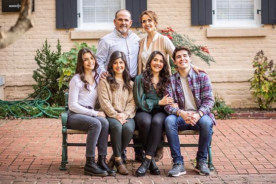 Perez Family Photos-9-0X1A9697.jpg