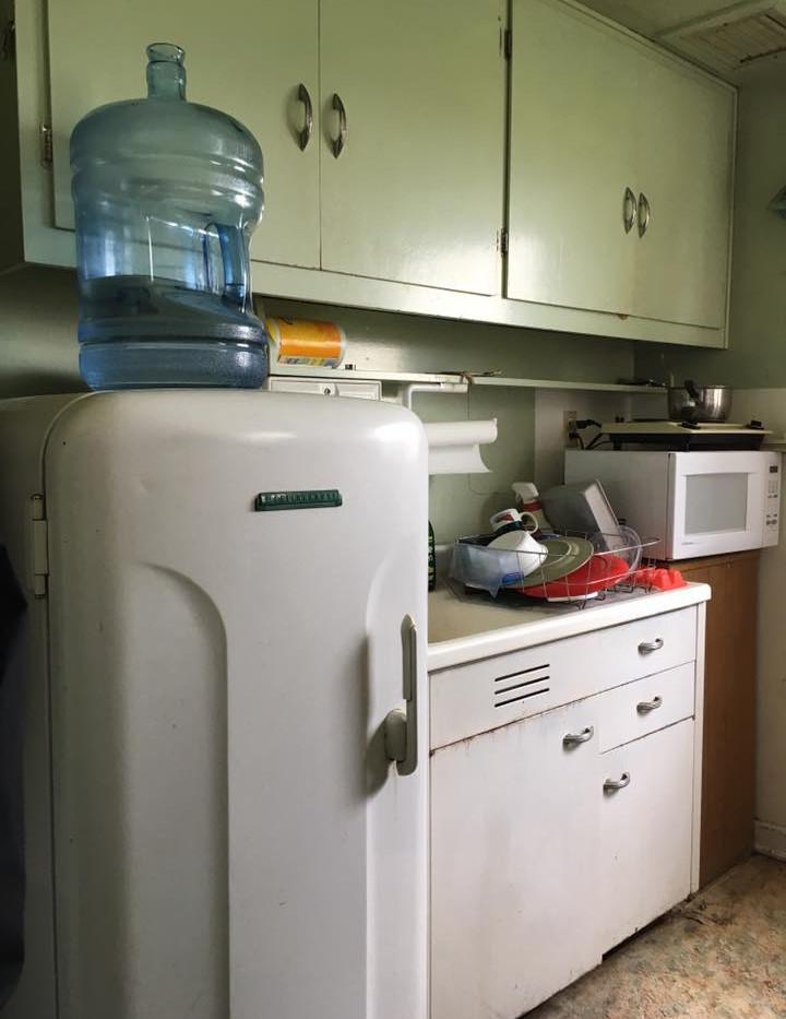 vintage_kitchen.jpg