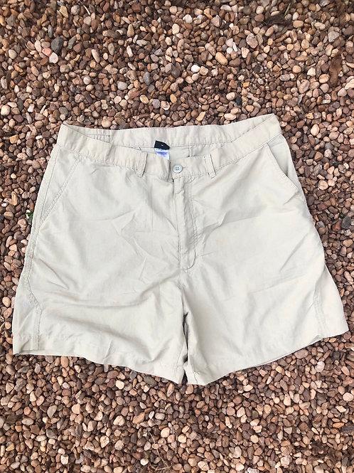 Patagonia khaki shorts sz 38