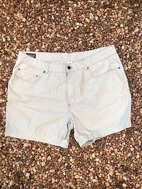 Patagonia khaki shorts sz 36