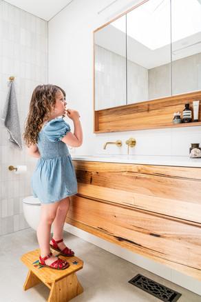 Watsonia Bathroom & Hallway renovation