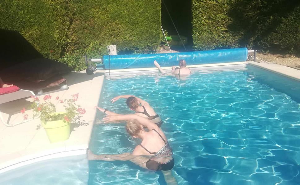 yoga-dans-l'eau.jpg