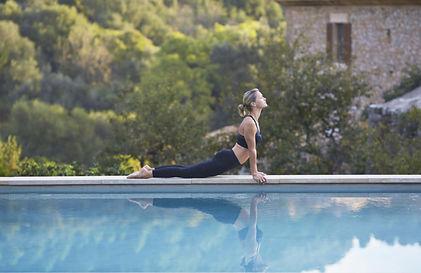 yoga-piscine-bdf.jpeg