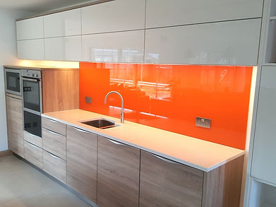 Splashback Installers Sutton