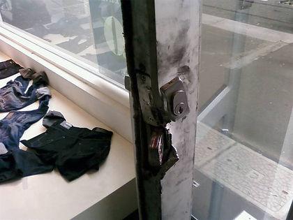 commercial-door-repair-mitcha-cr4
