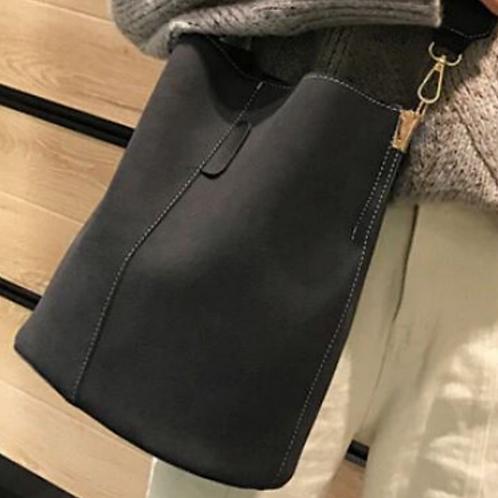 Blake Shoulder Bag -Grey