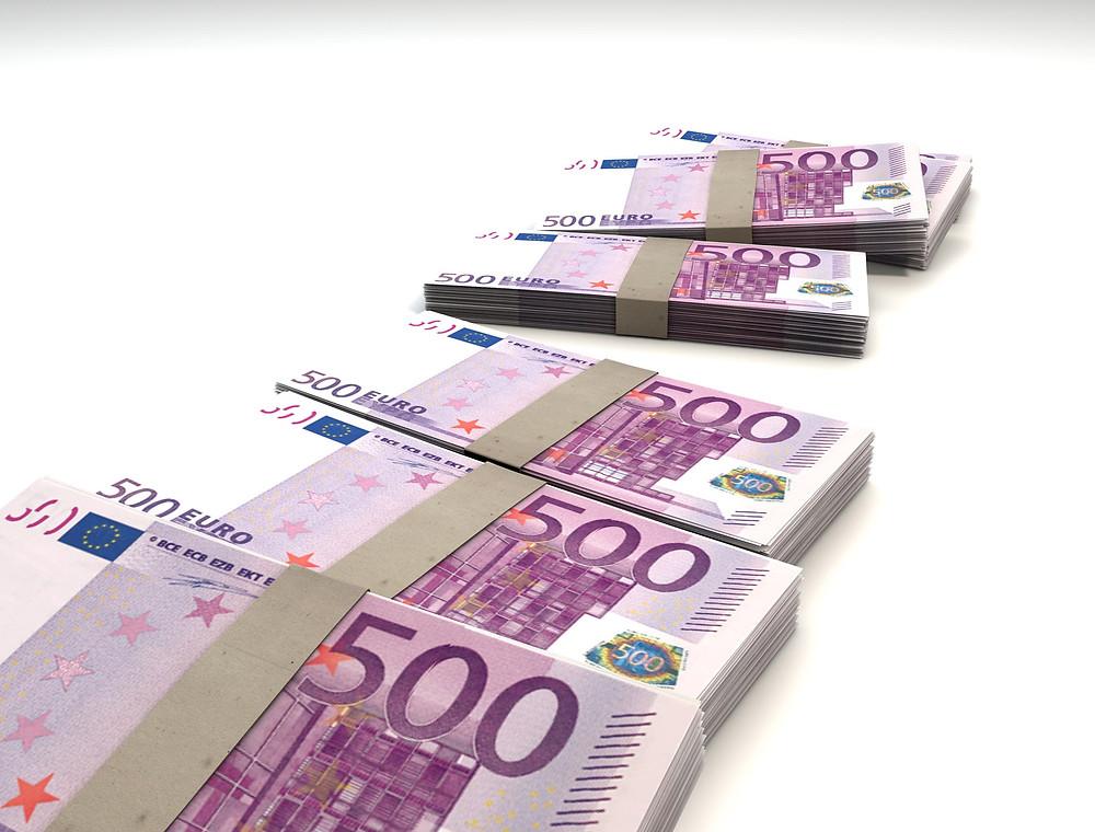 500 euron  setelinippuja