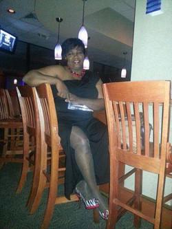She Got LEGS!!!