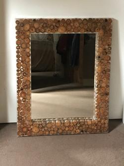 spiegel met rand van epoxy