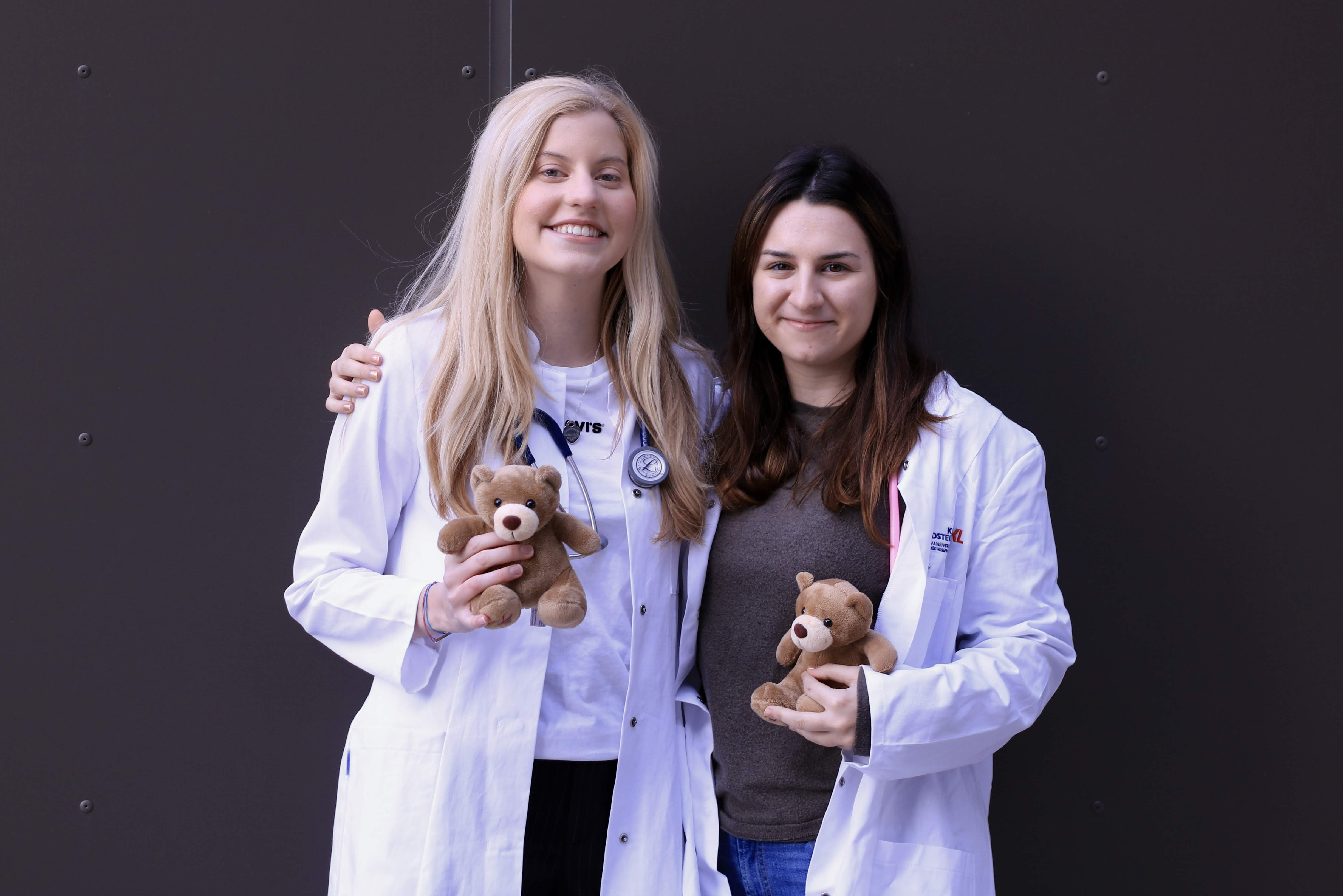 Nina Hüttner & Christine Haddad