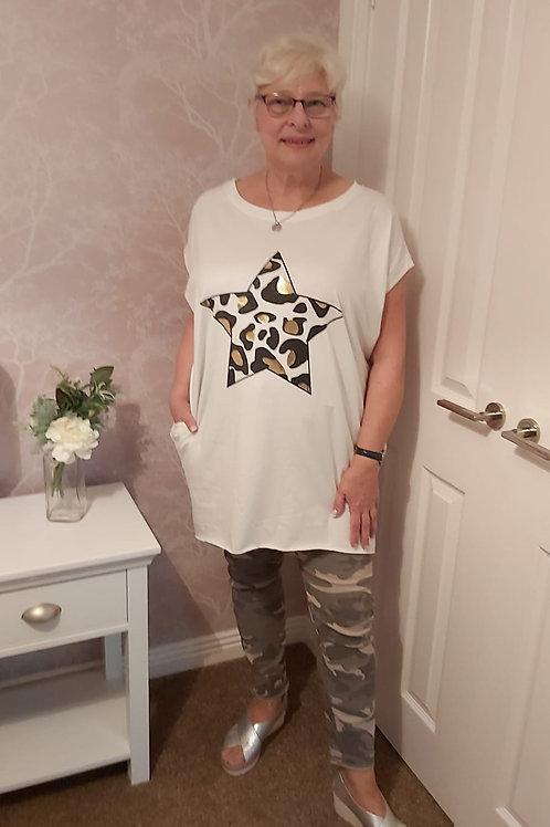 Star Dipped Hem Oversized T'Shirt