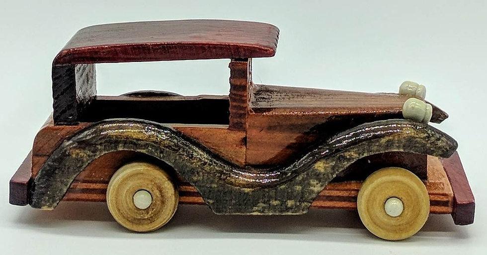 """Деревянная машинка """"Ретро"""" средняя"""