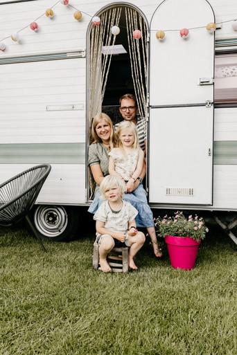 gezinsshoot caravan5.jpg