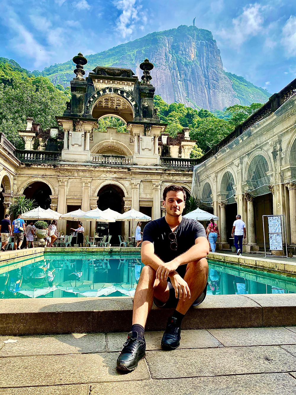 Get to the Parque Lage by 8:30 so you're the first (or within the first few) to enter the mansion and get your famous shot of the pool and the Corcovado without other roaming tourists.