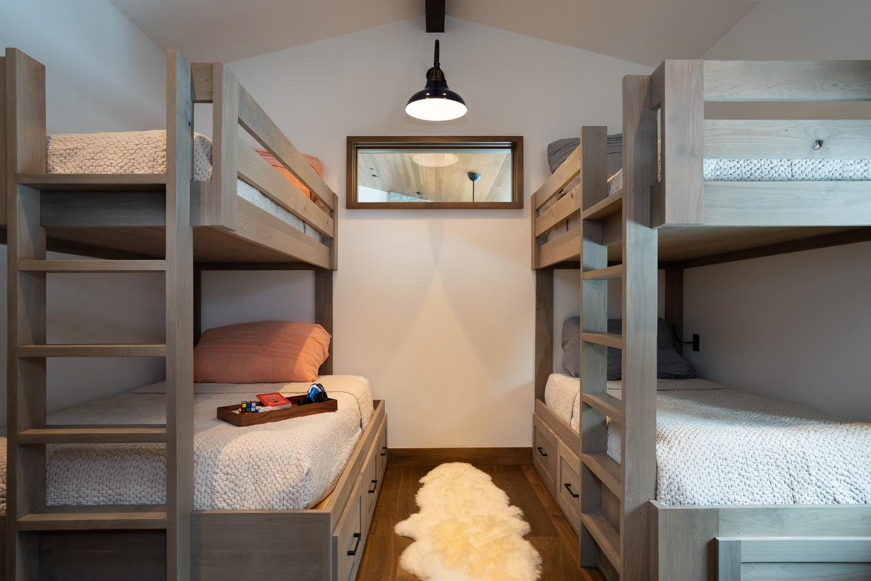 Squaw Valley Cabin Bunk Room