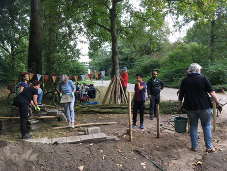 Aanleg voorbeeld Heuvelrugtuin Hoenderdaal gestart op burendag!