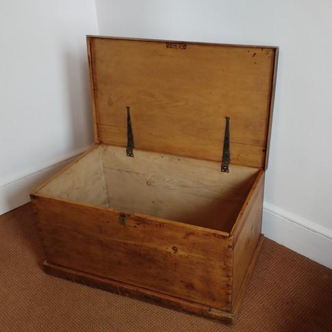 Antique chest £345