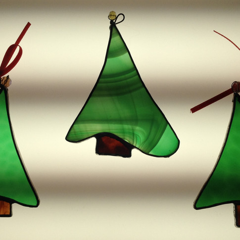 Christmas tree £12