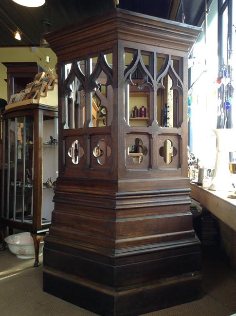 Pulpit £525