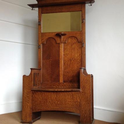 Oak hall stand £925