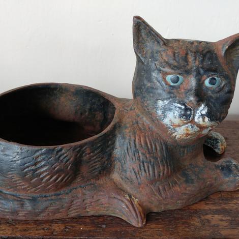 Cast Iron Cat £28