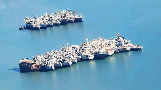 Mothball_fleet_Suisun_Bay_aerial.jpg
