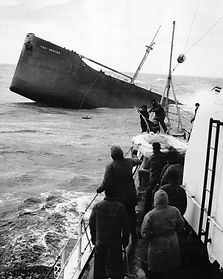 SS_Fort_Mercer,_bow_prior_to_sinking.jpg