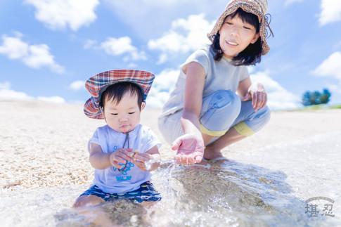 家族写真-21世紀の森ビーチ-沖縄名護市-6月