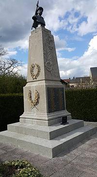 décapage professionnel par aérogommage de statues, bancs, monuments aux morts dans le Sud Sarthe