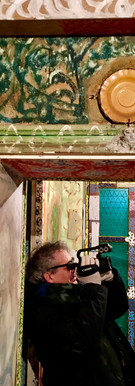 Jacques Burtin filme la Villa Palatine (Photo Françoise Murillo)2.jpg