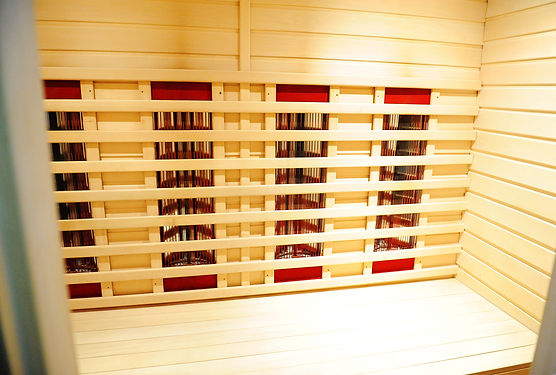 The infrared sauna to improve the health