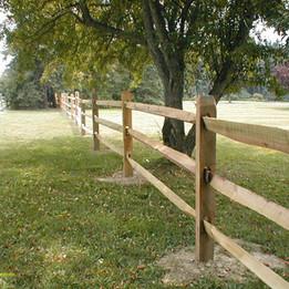 3-Rail-Locust-Fence.jpg