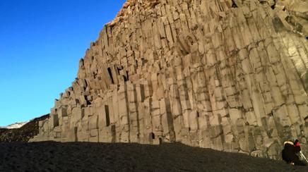 Les colonnes basaltique de Reynisfjara 1.jpg