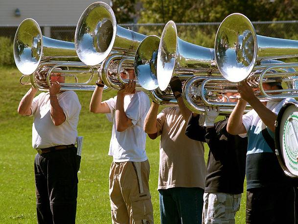 Optimists Alumni contras rehearsing (Rochester, 2008)