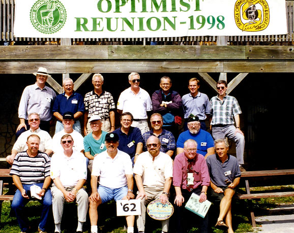 Back row L to R: Frans Rood, ?, Ross Cation, Len Perrin, Collin Hedworth, Vic Kruklis, Mike Thys
