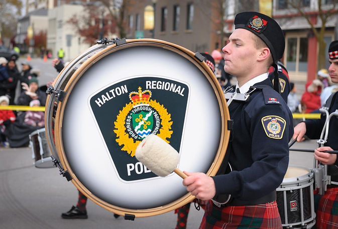 Halton Regional Police Band (Oakville Santa Claus Parade, 2014)