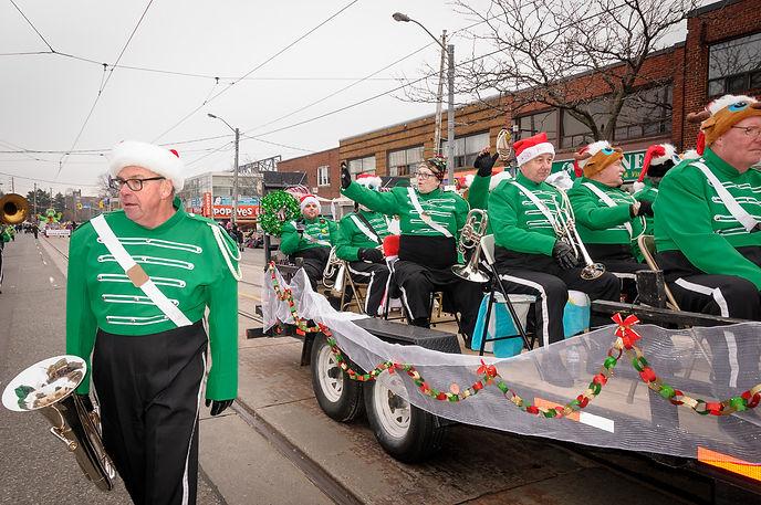 Optimists Alumni (Etobicoke Santa Claus Parade, 2017)