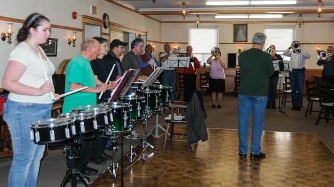 Optimists Alumni rehearsing (Christmas Party, 2014)